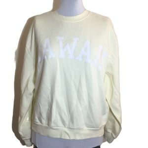 NWOT Wild Fable Hawaii sweatshirt in soft yellow